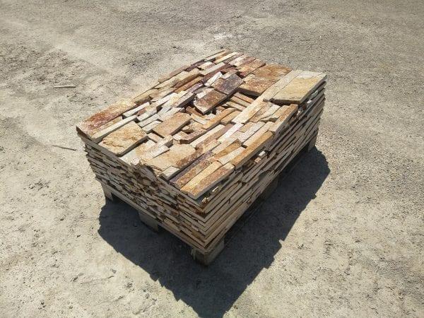 Appalachian Ledge Natural Thin Stone Veneer Pallet