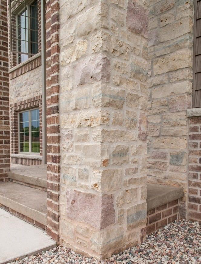 Bellevue Natural Stone Veneer Column