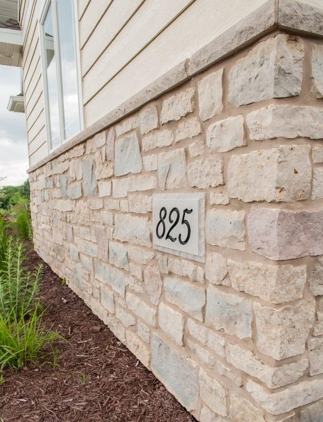 Bellevue Natural Stone Veneer Exterior Wainscotting