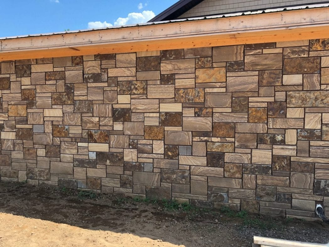 Caramel Natural Thin Stone Veneer Exterior with Black Mortar