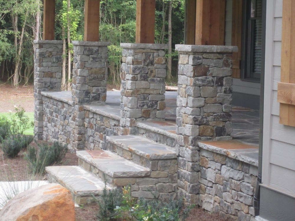 Cascade Natural Stone Veneer Patio