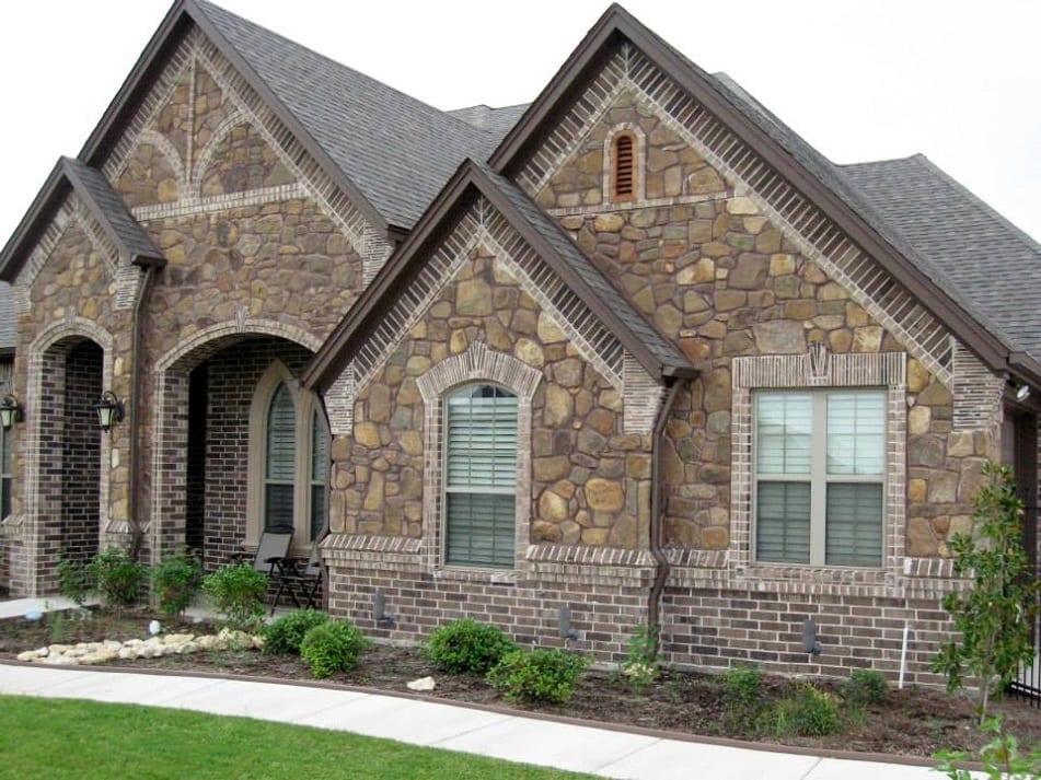 Manitowish Natural Stone Veneer Residential