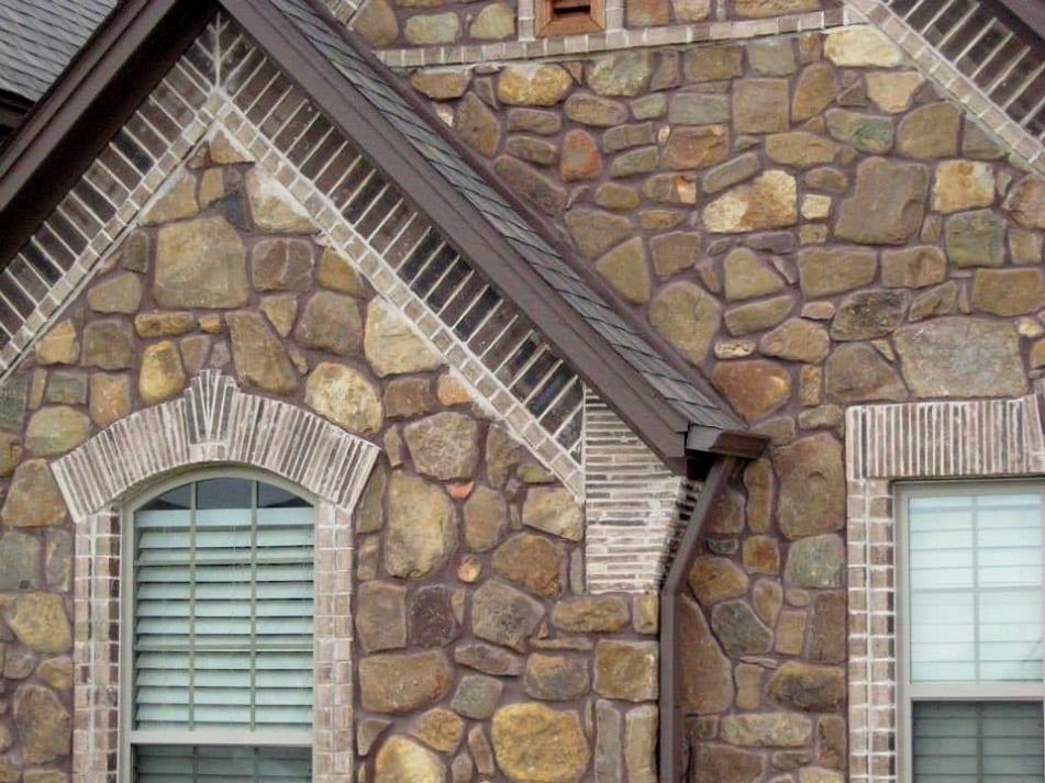 Manitowish Natural Stone Veneer Siding