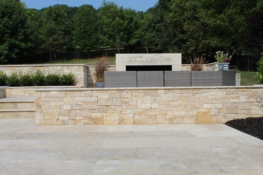 Primavera Real Stone Veneer Landscape Wall