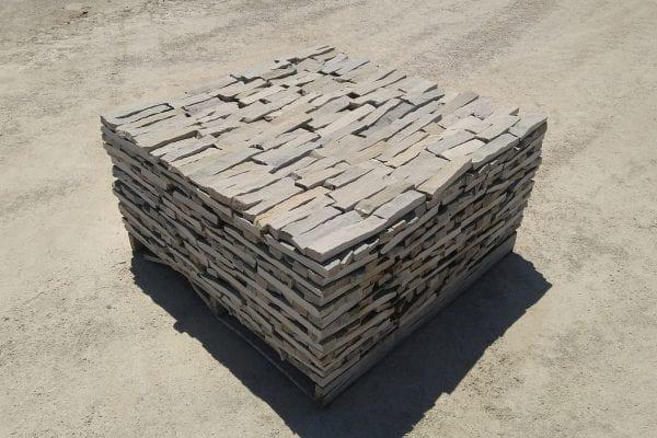 Sterling Ledge Natural Thin Stone Veneer Stock Pallet