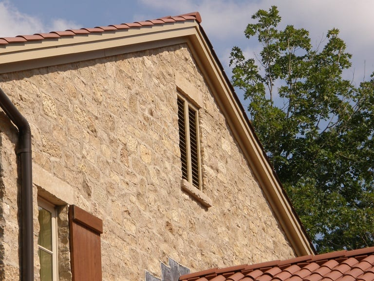 Tuscan Antique Natural Stone Veneer Residential Exterior
