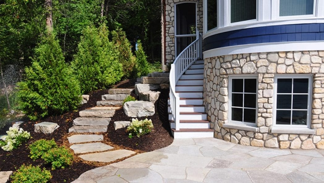 Outdoor Living Natural Thin Stone Veneer