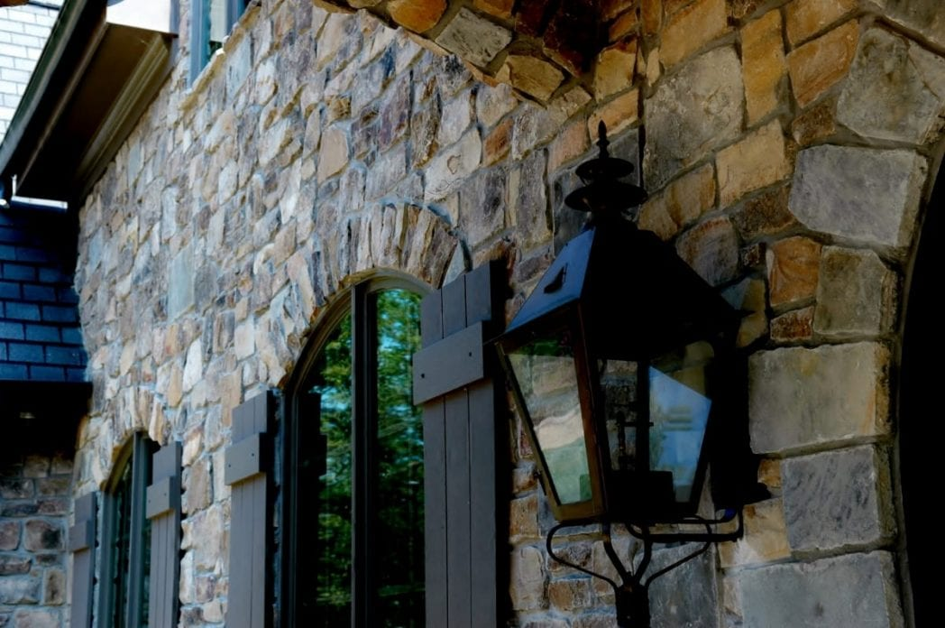 Breckenridge Natural Thin Stone Veneer Exterior