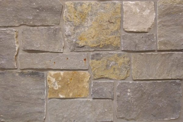 Charcoal Bluff Natural Thin Stone Veneer