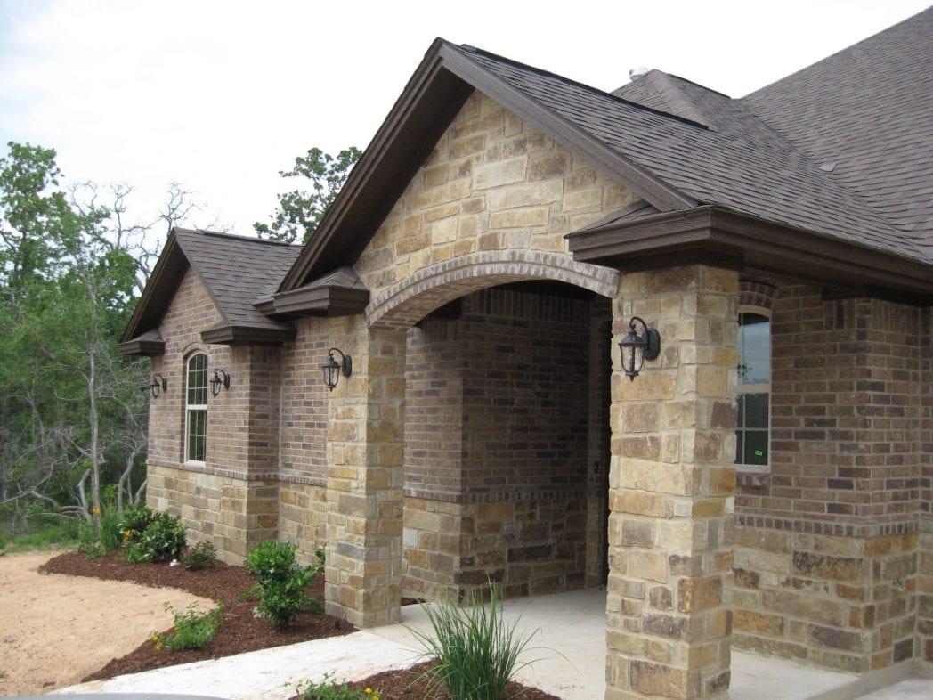 Buckskin Thin Stone Veneer Exterior