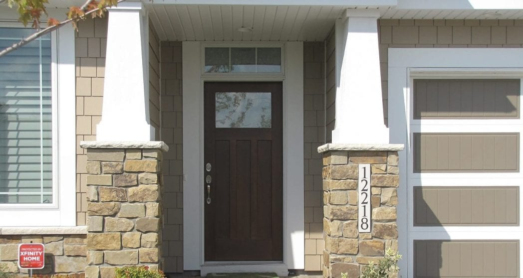 Buckskin Natural Thin Stone Veneer Entrance