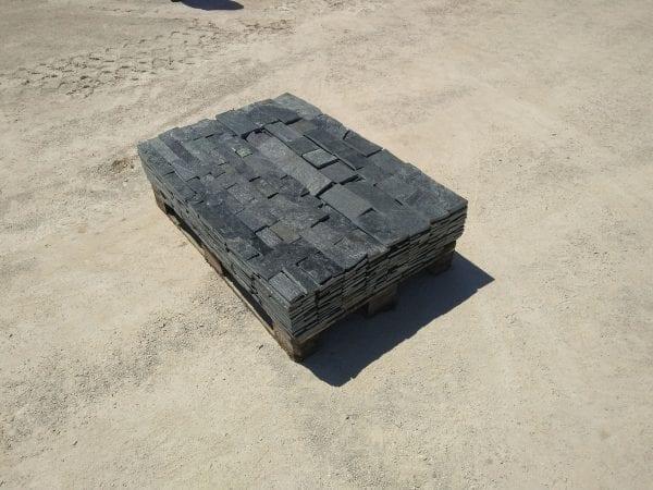 Cobalt Ledge Natural Thin Stone Veneer Pallet