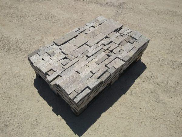 Pewter Ledge Natural Thin Stone Veneer Pallet
