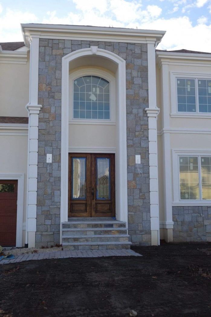 Plymouth Natural Thin Stone Veneer Exterior