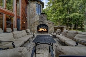 Building Stone Outdoor Fireplace