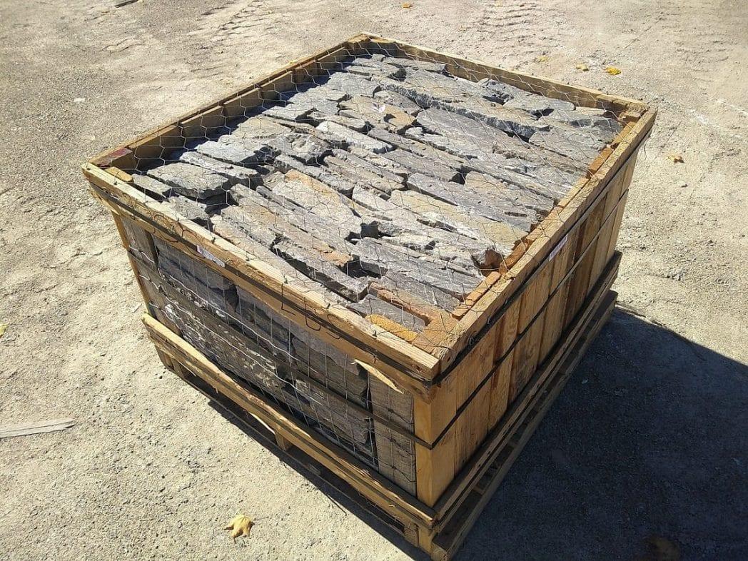 Camberly Natural Stone Veneer Flats Stock Pallet