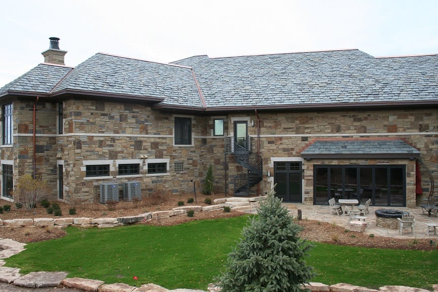 Custom Blend of Kodiak, Mojave and Charcoal Canyon Thin Stone Veneer