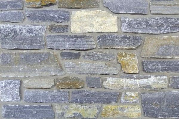 Swatch of Mosholu real thin stone veneer