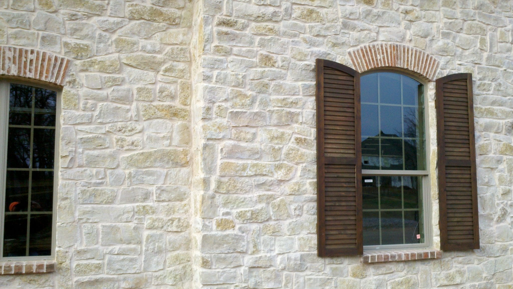 Madison Real Thin Limestone Veneer Exterior Application