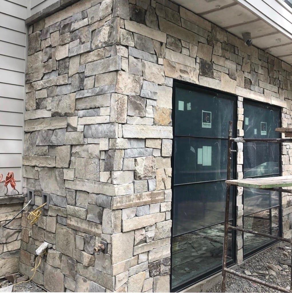 Custom Ashlar Natural Stone Veneer Drystack Exterior Siding