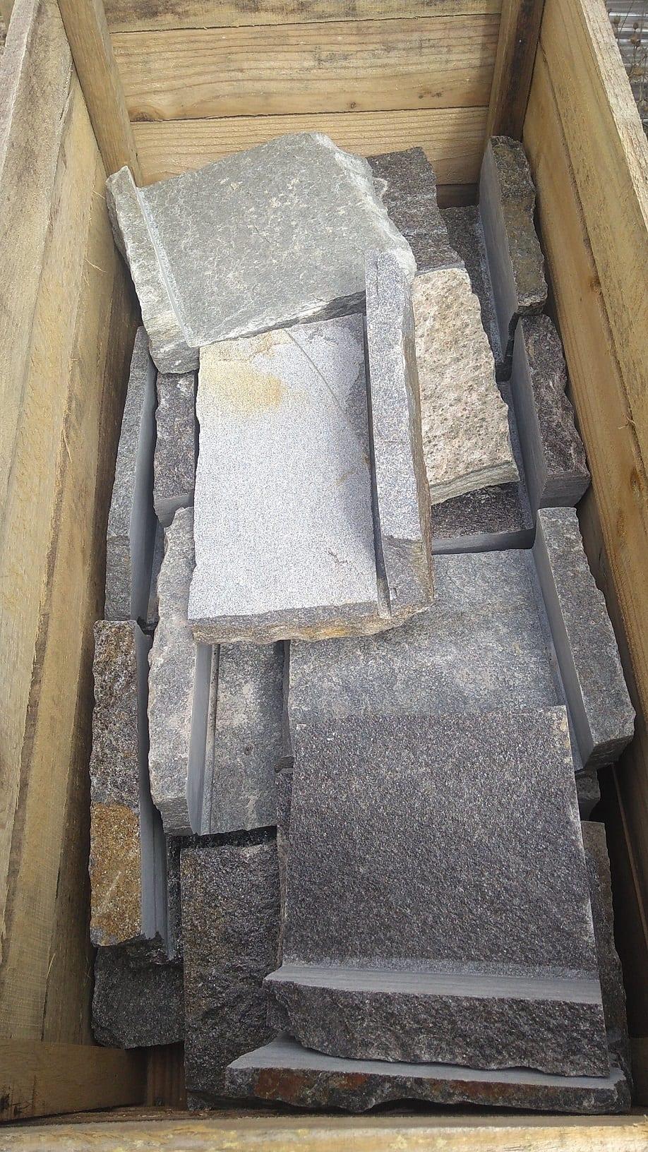 Berkley Natural Stone Veneer Stock Corner Crate