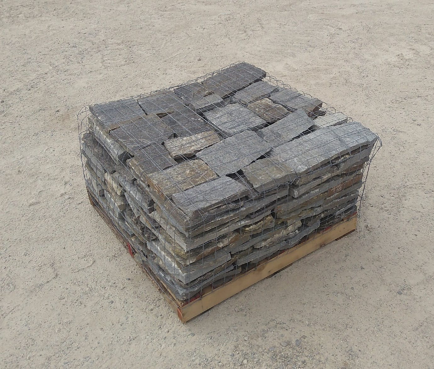 Berkley Natural Stone Veneer Stock Pallet