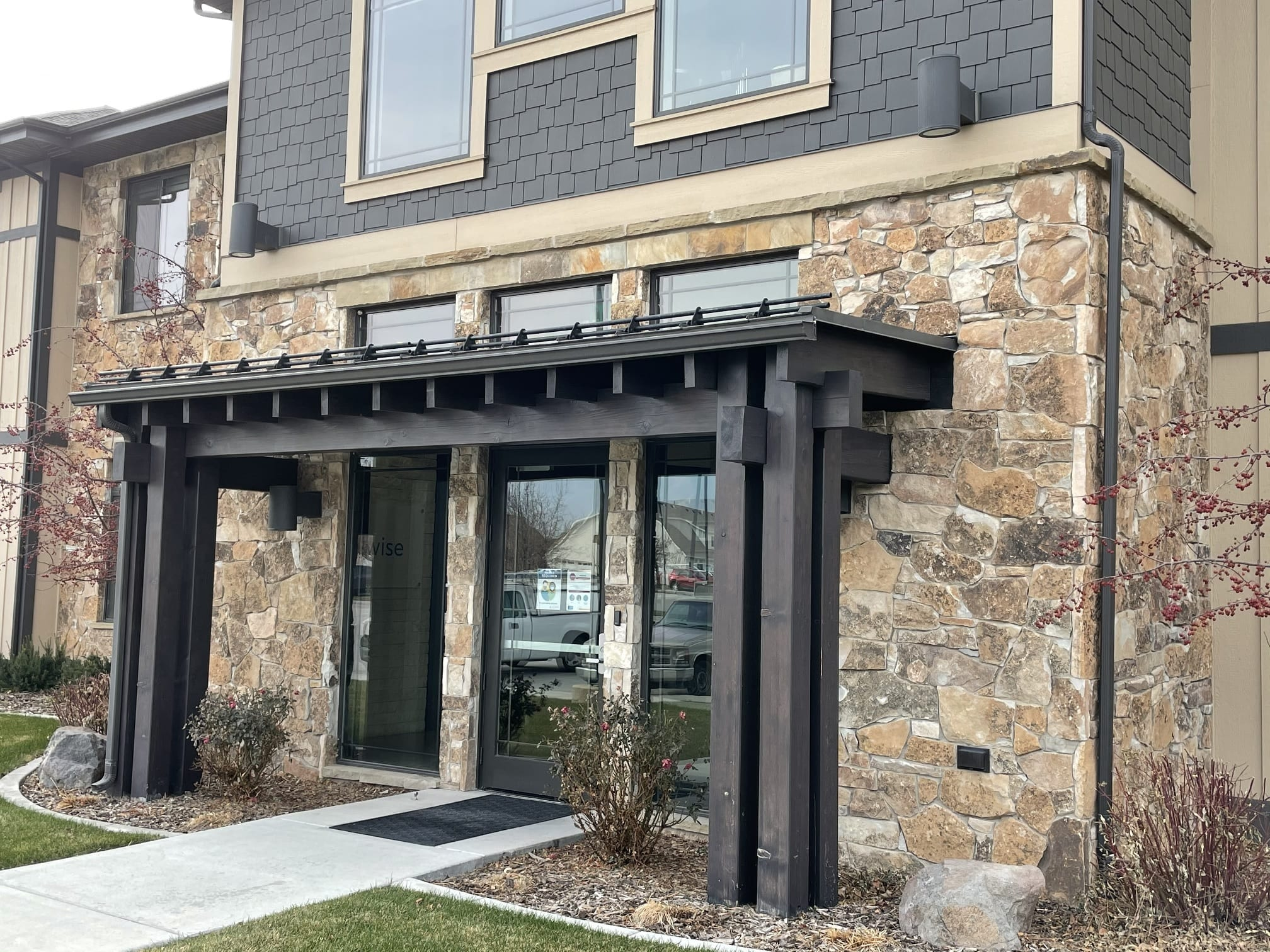 Carson Pass Natural Stone Veneer Commercial Exterior
