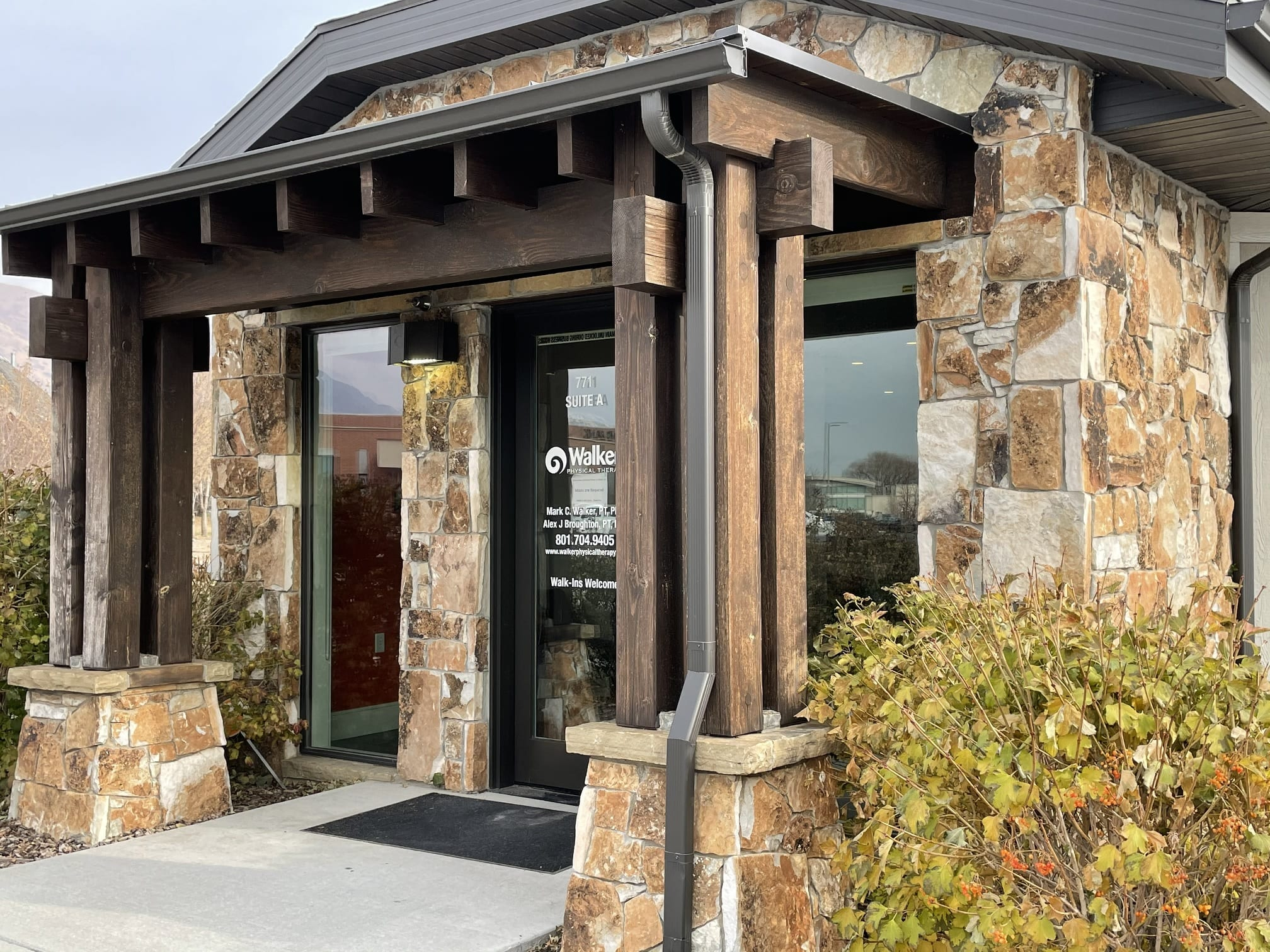 Carson Pass Real Stone Veneer Commercial Front Entrance