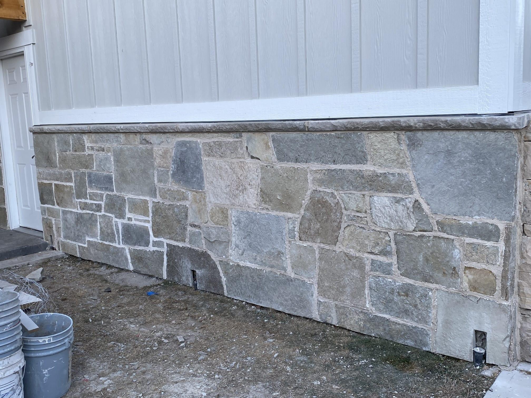 Sherman Natural Stone Veneer Exterior Wainscoting