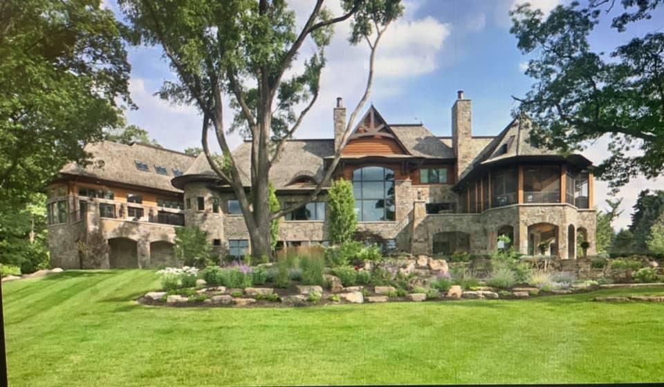 McGregor Natural Thin Stone Veneer Home Exterior