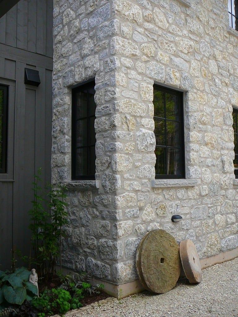 Nottingham Natural Thin Stone Veneer Masonry