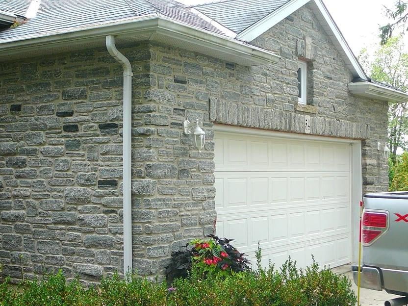 Seaside Thin Stone Veneer Garage