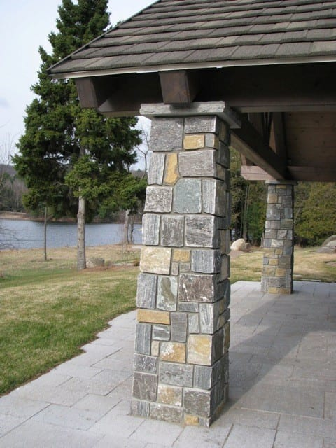 Vancouver Natural Thin Stone Veneer Pillars
