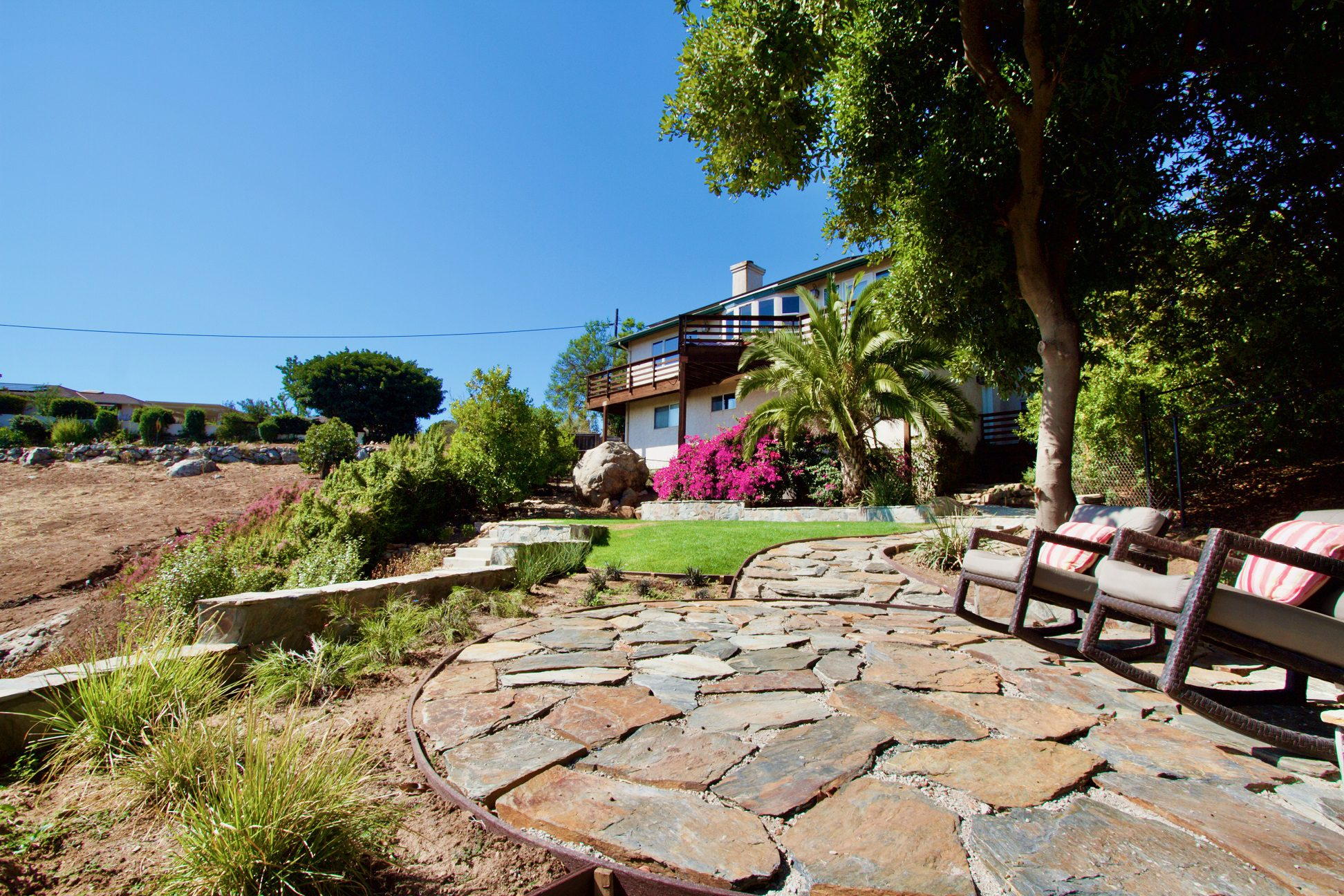 Bonavista Mosaic Real Thin Stone Veneer Backyard Patio