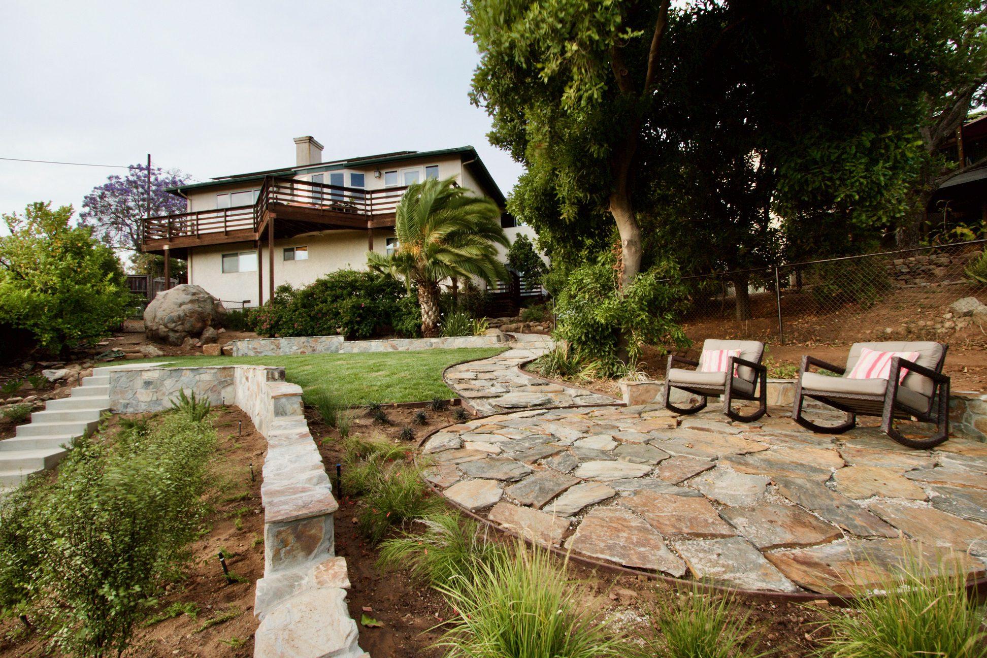 Bonavista Natural Stone Veneer Retaining Wall and Flagstone Application