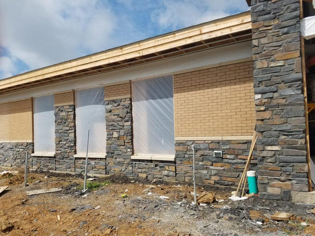 Brunswick Real Ledgestone Thin Veneer Exterior