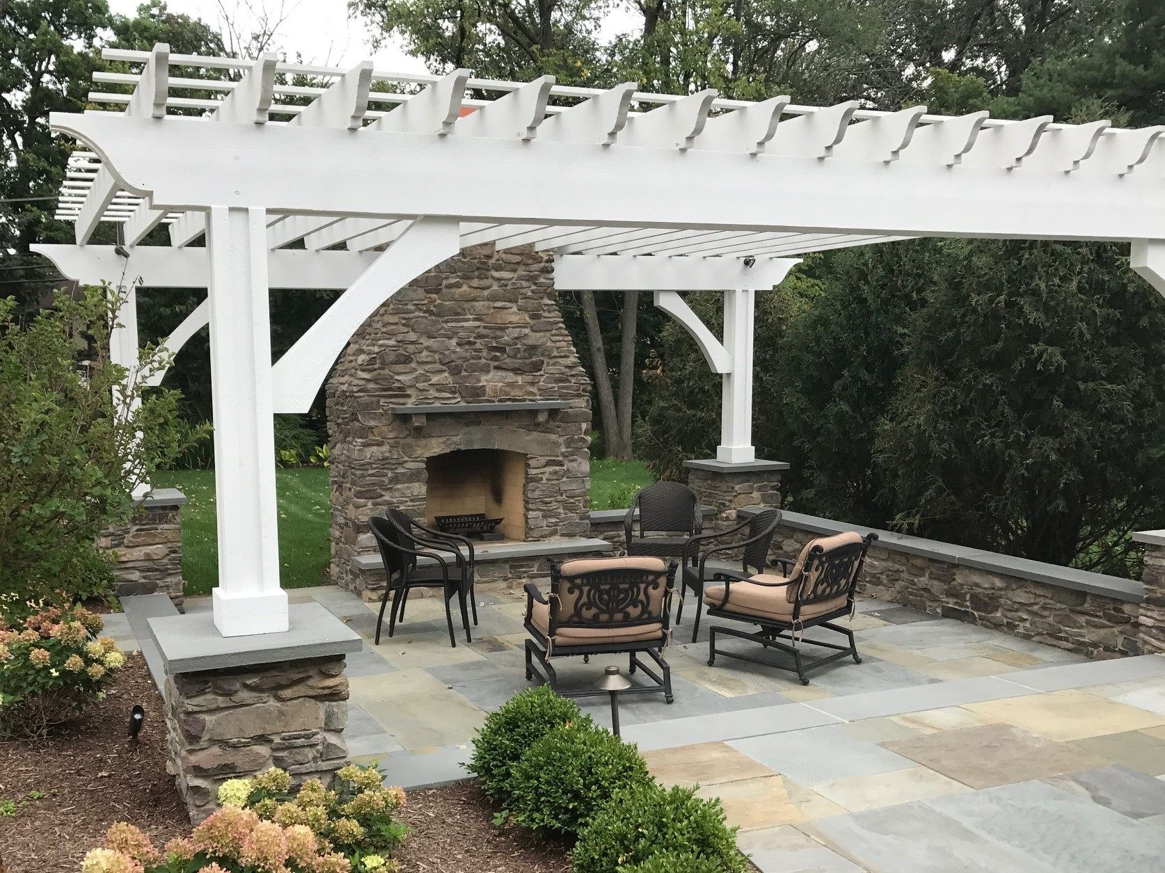 Cape Cod Natural Thin Stone Veneer Outdoor Living Fireplace