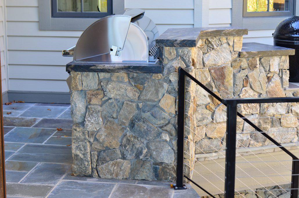 Cheyenne Natural Thin Stone Veneer Outdoor Living Grill