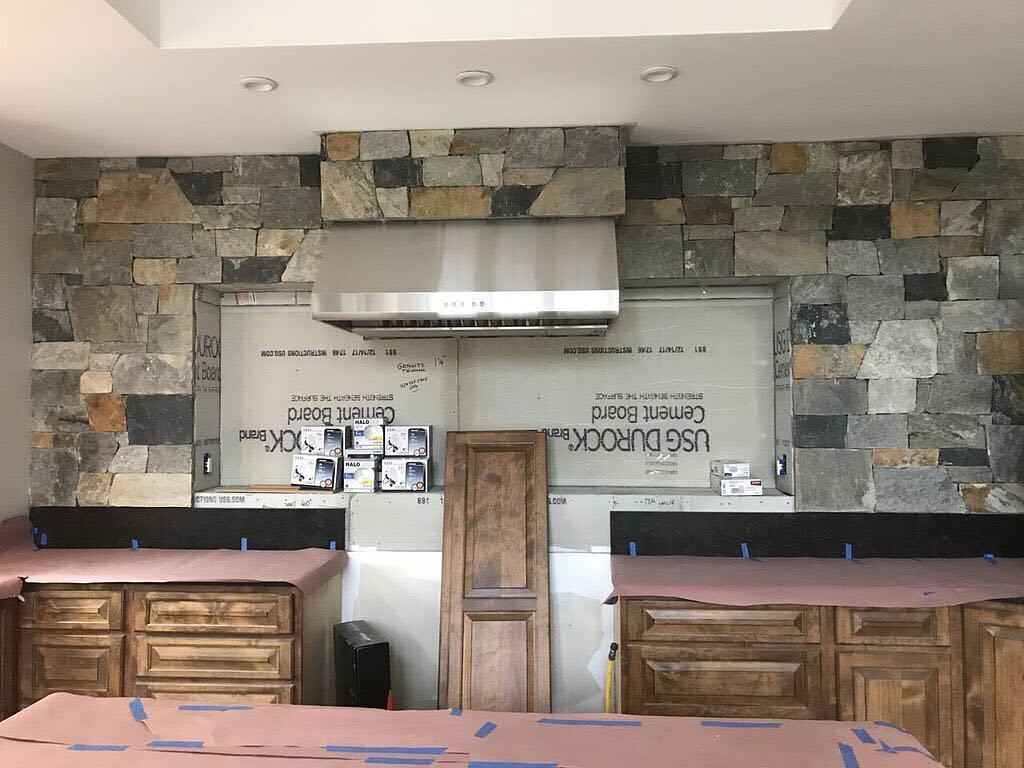 Danbury and Hampton Real Stone Veneer Blend