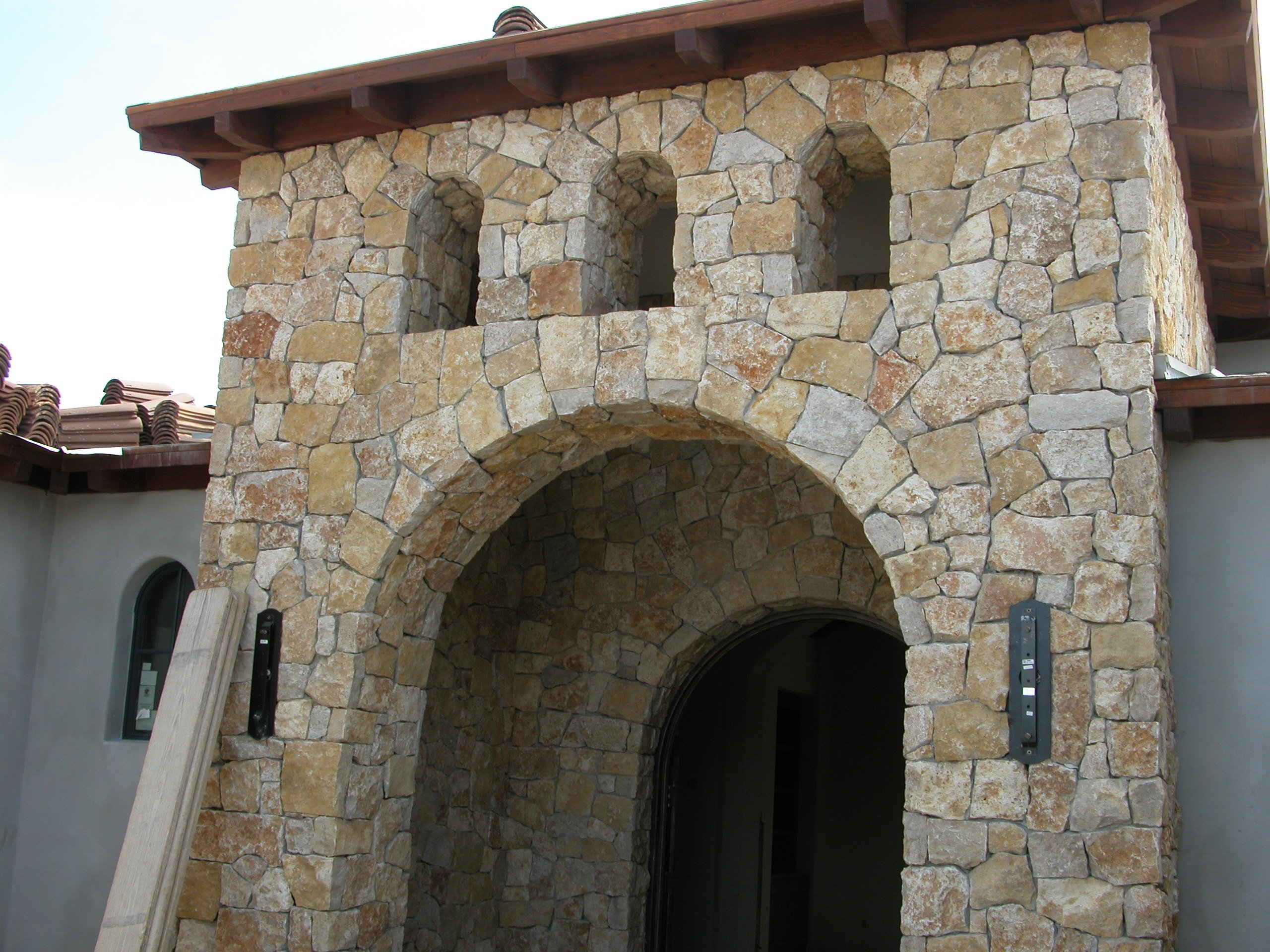 Mediterra Natural Thin Stone Veneer Front Entrance Accent Wall