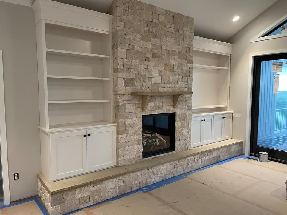 Primavera Dimensional Ledgestone Thin Stone Veneer Interior Fireplace