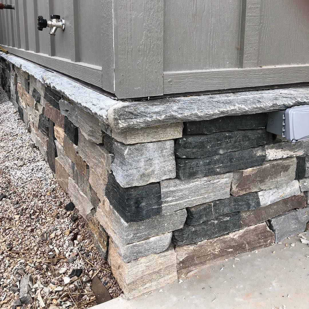 Shadow Vista Real Thin Stone Veneer Exterior Wainscoting