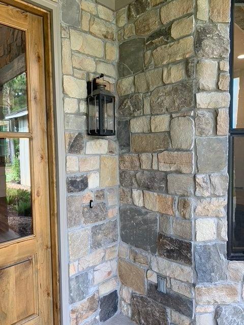 Breckenridge Ashlar Real Thin Stone Veneer Front Entrance