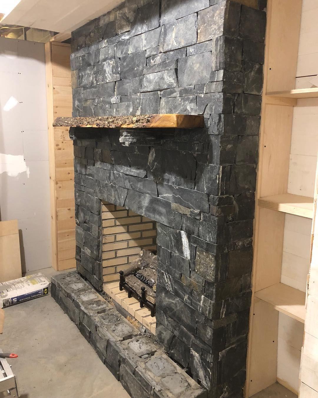 Midford Real Thin Stone Veneer Interior Drystack Fireplace